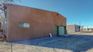 320 N HEADINGLY Avenue NW, Albuquerque, NM 87107