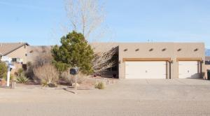 724 5th Street NE, Rio Rancho, NM 87124