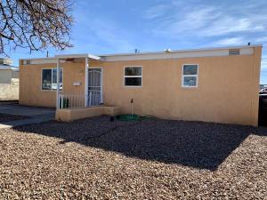 5114 CHEROKEE Road NE, Albuquerque, NM 87110