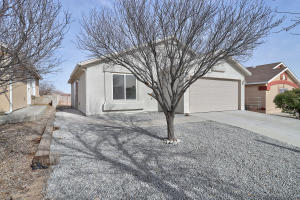 9105 SKYLIGHT Avenue SW, Albuquerque, NM 87121