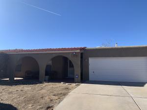 5309 OVERLOOK Drive NE, Albuquerque, NM 87111