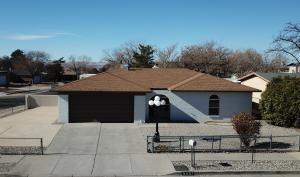 6407 ROSALIND Drive NE, Albuquerque, NM 87109