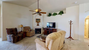 637 MORNING MEADOWS Drive NE, Rio Rancho, NM 87144