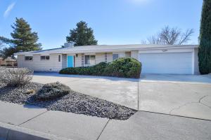 9216 Palo Duro Drive NE, Albuquerque, NM 87111