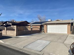 7105 St Josephs Avenue NW, Albuquerque, NM 87120