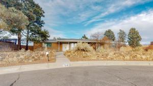7919 Academy Trail NE, Albuquerque, NM 87109
