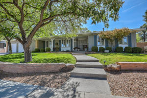 4300 CHINLEE Avenue NE, Albuquerque, NM 87110