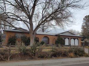 3805 Big Bend Road NE, Albuquerque, NM 87111