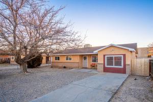 317 DOROTHY Street NE, Albuquerque, NM 87123