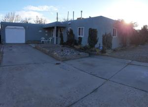 7742 HAINES Avenue NE, Albuquerque, NM 87110