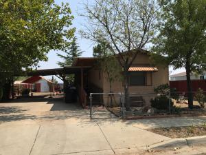 226 GALATANEAU Street NW, Albuquerque, NM 87121