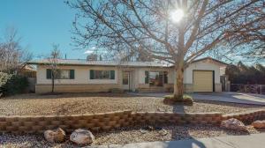 8608 BELLEHAVEN Avenue NE, Albuquerque, NM 87112