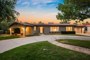 1617 LOS ALAMOS Avenue SW, Albuquerque, NM 87104
