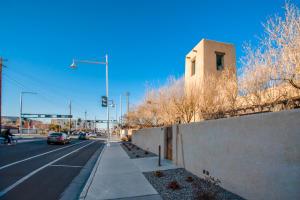 1503 CENTRAL Avenue NW, D114, Albuquerque, NM 87104