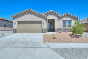 6211 REDROOT Street NW, Albuquerque, NM 87120