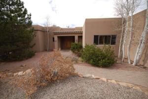 3 TEYPANA Drive, Tijeras, NM 87059