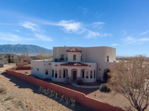 1739 SHOSHONE Trail NE, Rio Rancho, NM 87144
