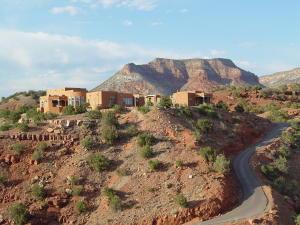 Stunning Resort-type Property