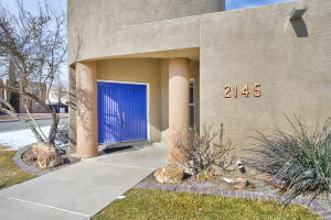 2145 Ryan Place NW, Albuquerque, NM 87107