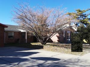 3827 CHERAZ Road NE, Albuquerque, NM 87111