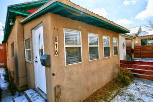 816 12TH Street NW, Albuquerque, NM 87102
