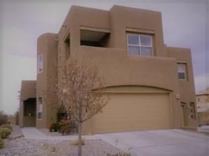 8704 Desert Fox Way NE, Albuquerque, NM 87122