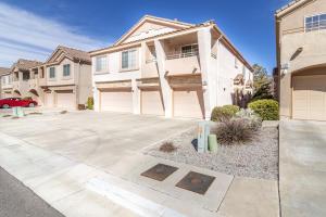 5216 Na Pali Street NE, Albuquerque, NM 87111