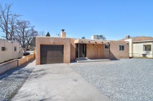 305 CAGUA Drive NE, Albuquerque, NM 87108