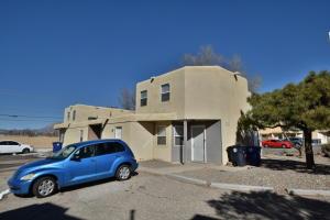 209 Hanosh Court SE, Albuquerque, NM 87123
