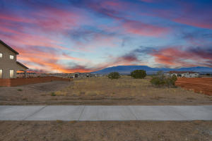 6324 CAMINO ALTO Road NW, Albuquerque, NM 87120