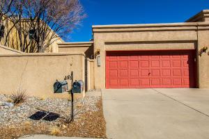 5820 ACADEMY Court NE, Albuquerque, NM 87109