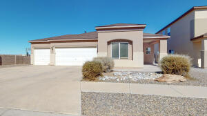 5627 DARLINGTON Place NW, Albuquerque, NM 87114