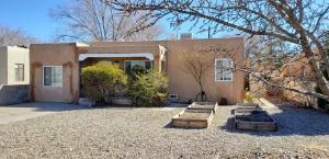 318 MONROE Street NE, Albuquerque, NM 87108