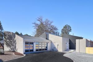 5605 FAIROAK Trail NE, Albuquerque, NM 87109