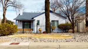 212 SOLANO Drive NE, Albuquerque, NM 87108