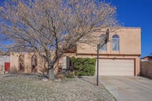 7716 ROBERTS Street NE, Albuquerque, NM 87109
