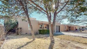 4908 BURTON Avenue SE, Albuquerque, NM 87108
