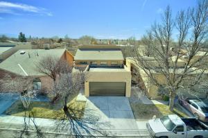 7216 BOBWHITE Lane NE, Albuquerque, NM 87109