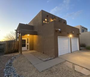 323 NARCISSUS Place SE, Albuquerque, NM 87123