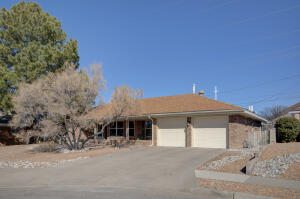 10017 HENDRIX Court NE, Albuquerque, NM 87111