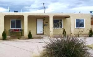 1526 VASSAR Drive NE, Albuquerque, NM 87106