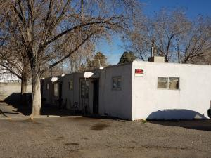 432 RHODE ISLAND Street NE, Albuquerque, NM 87108