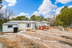 8 RAMPART Road, Tijeras, NM 87059