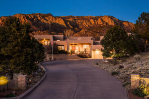 1527 EAGLE RIDGE Drive NE, Albuquerque, NM 87122