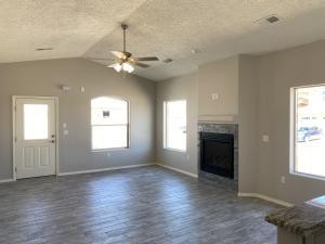 2487 SUNSET VIEW Avenue, Los Lunas, NM 87031