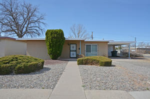 419 ADAMS Street NE, Albuquerque, NM 87108