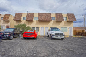 176 MONTE LARGO Drive NE, Albuquerque, NM 87123