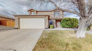 8112 Rancho Paraiso NW, Albuquerque, NM 87120