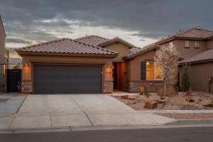 9105 LANSDOWNE Place NE, Albuquerque, NM 87113