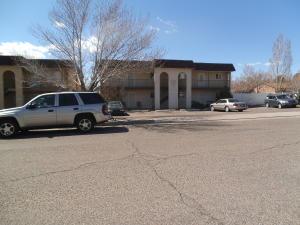 2925 MURIEL Street NE, Albuquerque, NM 87112